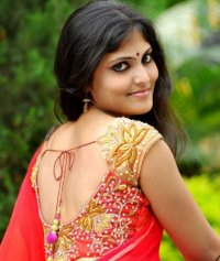 Latest trends of Blouse designs for your new Saree look